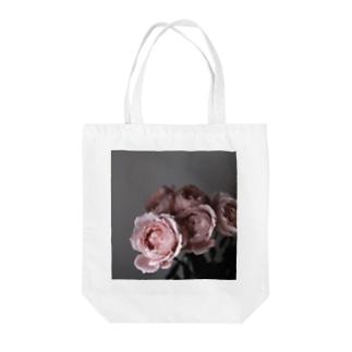 STEMのうすピンクのバラ Tote bags