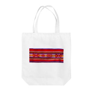 民族調 Tote bags