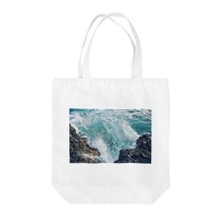午後の津波 Tote bags