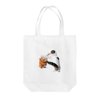闘うナナポン Tote bags