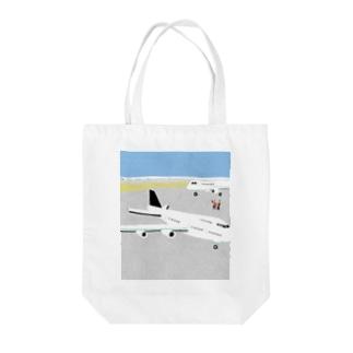 Airport Tote bags