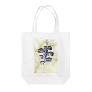 ピテクスの英雄 Tote bags