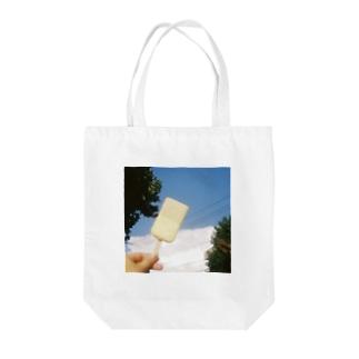 なつやすみ Tote bags