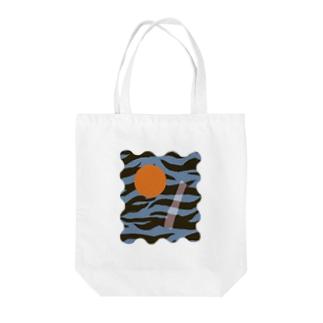 TORAKAWAII Tote bags