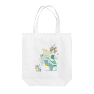 Imagination (Sea) Tote bags