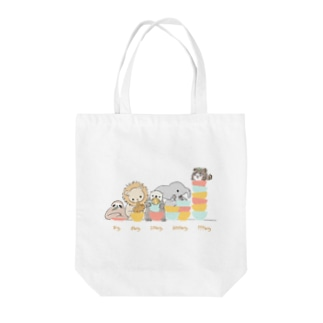 たぬきさんと大食い競争 Tote bags