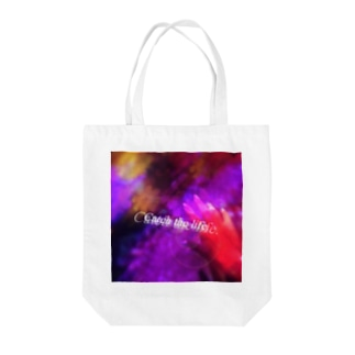 Catch the life. Tote bags