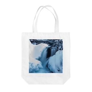 氷流 Tote bags