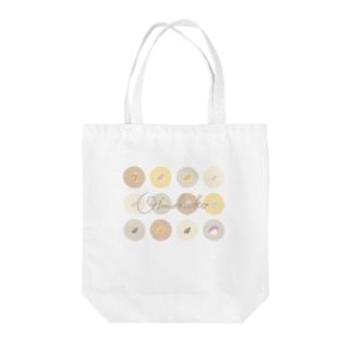 mo.ka shopのおいもかこちゃんとピンポンパール Tote bags
