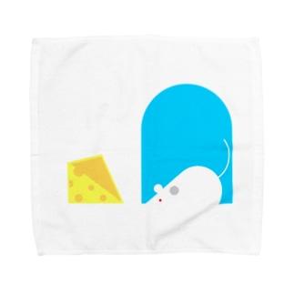 ねずみちゃんとチーズ(服) Towel handkerchiefs
