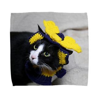 兜を被った太郎 Towel handkerchiefs