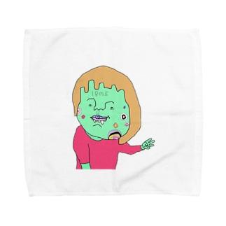 間違ったピースサインで割り込む女の子(サインなし) Towel handkerchiefs