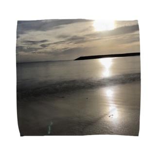 早朝の海 Towel handkerchiefs