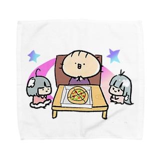 みんなで食べるとおいしいね Towel handkerchiefs