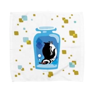 ペンギンの瓶詰めM Towel handkerchiefs