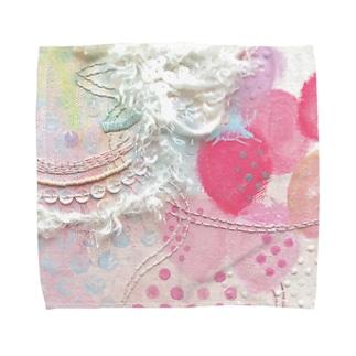 いちご柄タオルハンカチ(サイズあり)*これだけでいいの。 Towel handkerchiefs