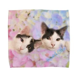 モネクロ   Towel handkerchiefs