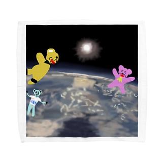 宇宙を旅するくまさん「成層圏(高度20,000m)」 Towel handkerchiefs