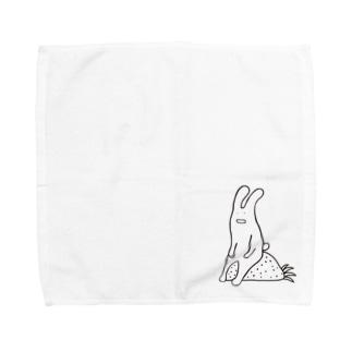 ウサギひと休み タオルハンカチ