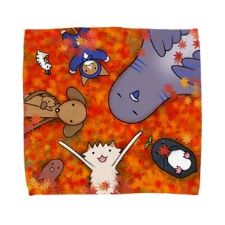 ポメ村ファミリー 紅葉狩り Towel handkerchiefs