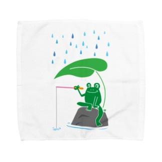カエルが雨の中釣りをするでケロ Towel handkerchiefs