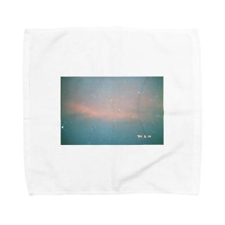 水色とピンクの夕焼け Towel handkerchiefs