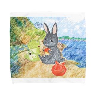 海辺のパトちゃんとケロちゃん Towel handkerchiefs