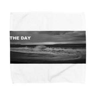 THE DAY Towel handkerchiefs