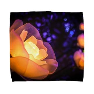 衰えない輝き Towel handkerchiefs
