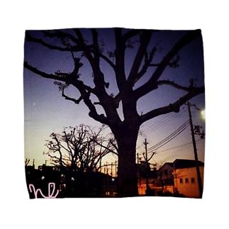 夕闇に飲み込まれたいシリーズ Towel handkerchiefs
