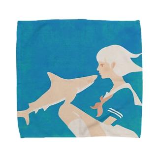 彼女はサメが好き\Pick upしてもらった!/ Towel handkerchiefs
