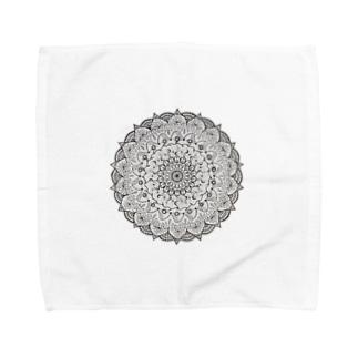 Mandala 内にひそむ遊び心 Towel handkerchiefs