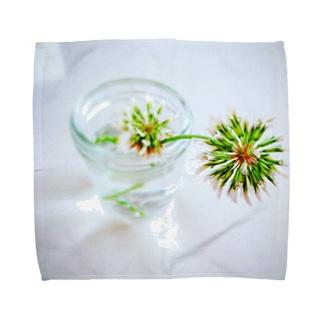 渇き Towel handkerchiefs