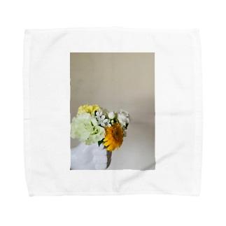 手には花束 Towel handkerchiefs