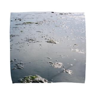 地球では潮干狩り Towel handkerchiefs