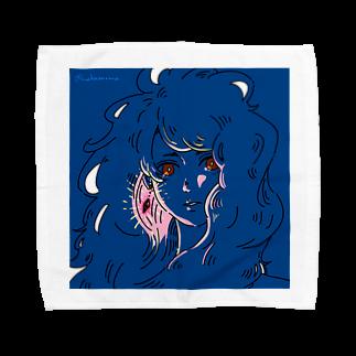 マキノノマの赤い瞳と耳飾り Towel handkerchiefs