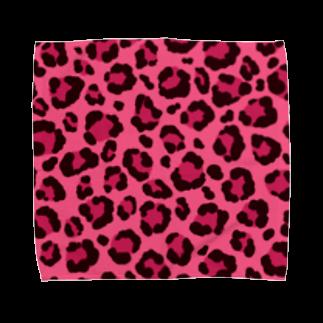 みや猫のヒョウ柄(ピンク) Towel handkerchiefs