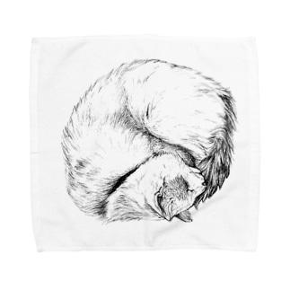 【茶トラホワイト猫ごろりんニャンモナイト】 Towel handkerchiefs