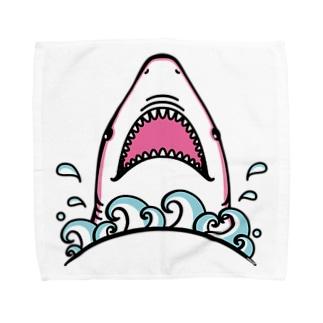 Cɐkeccooのおくちぱっかりサメさん‐ぴんく Towel handkerchiefs