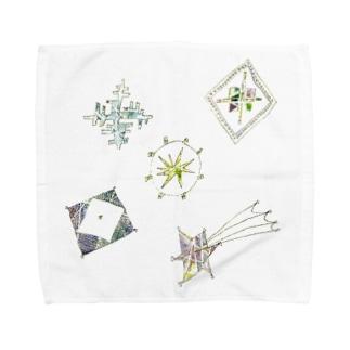 宵の空に輝く星のブローチ Towel handkerchiefs
