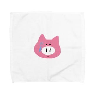録画をミスって焦る豚ちゃん Towel handkerchiefs