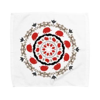 赤いの。 Towel handkerchiefs