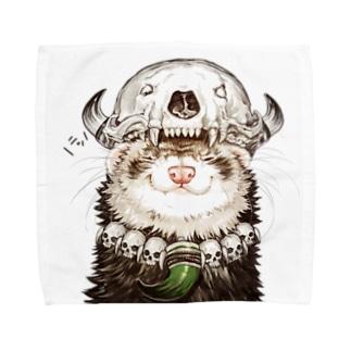 いちごだわし🐹のチャリティグッズ*先祖の頭骨を頭に乗せたフェレットちゃん Towel handkerchiefs