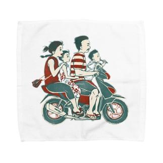 【バリの人々】バイク家族乗り Towel handkerchiefs