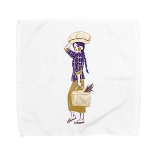 【ミャンマーの人々】マーケットの女性 Towel handkerchiefs