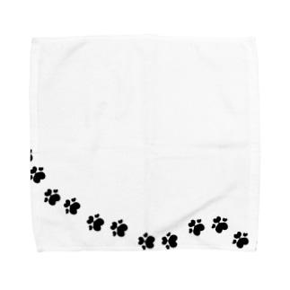 ハートの肉球あしあと(ブラック) Towel handkerchiefs