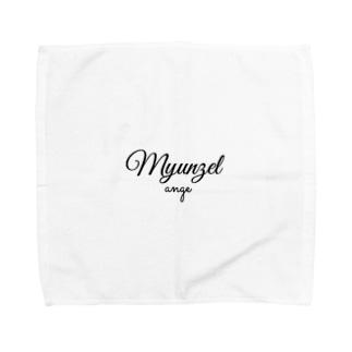 ミュンゼルアンジュロゴ Towel handkerchiefs