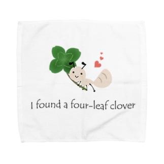 四つ葉のクローバーとアリさん【あかえほ公式】 Towel handkerchiefs
