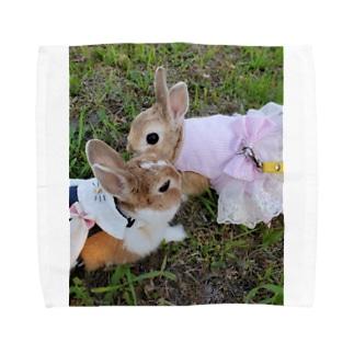 うさぎ姉妹 Towel handkerchiefs