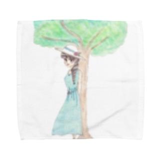 木陰で休む少女 Towel handkerchiefs